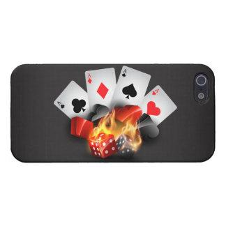 Negro del casino del póker de la llama iPhone 5 carcasas