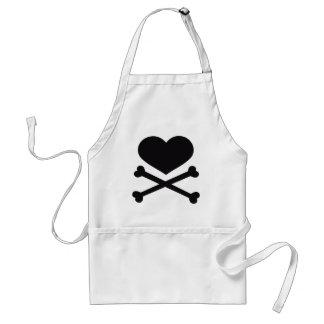 negro del corazón y de la bandera pirata delantal