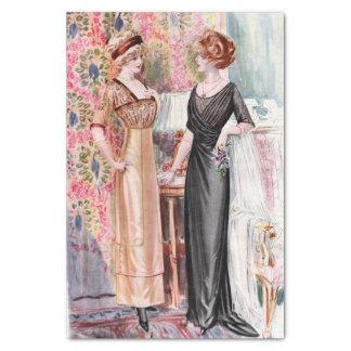 Negro del ejemplo de la moda del vintage y vestido papel de seda pequeño