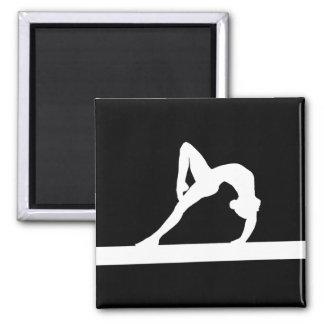 Negro del imán de la silueta del gimnasta