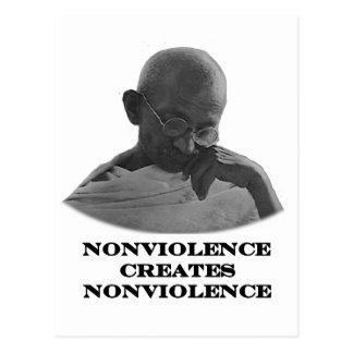 Negro del Nonviolence los regalos de Zazzle del Postales