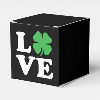 Negro del trébol del amor cajas para regalos de fiestas