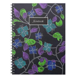 Negro dibujado mano de las mariposas y de las spiral notebook