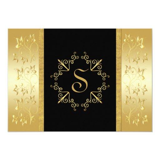 Negro e invitación con monograma floral del oro
