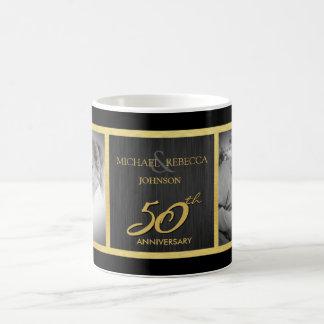 Negro elegante y oro entonces y ahora 50 o boda tazas de café