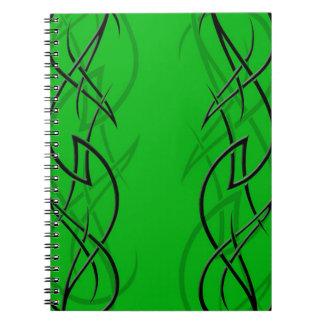 """Negro en el cuaderno verde de la """"elegancia"""""""