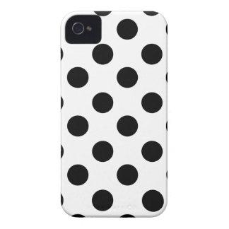 Negro en el diseño blanco del lunar iPhone 4 cárcasa