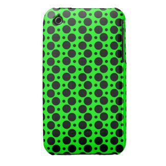 Negro en los lunares grandes y pequeños verdes de  iPhone 3 cárcasa
