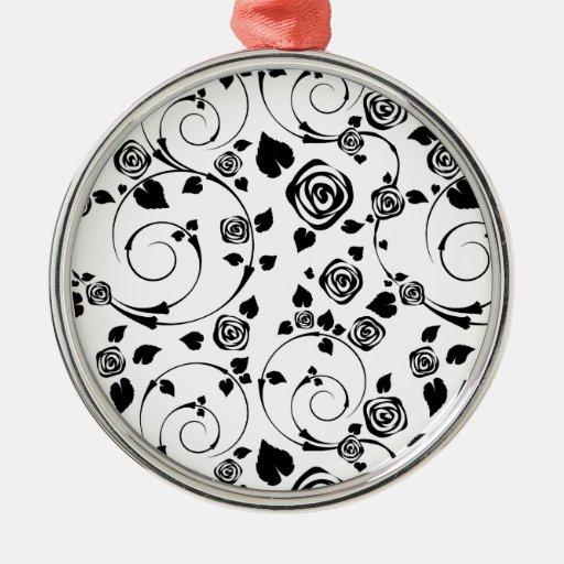 Negro en los rosetones blancos ornaments para arbol de navidad