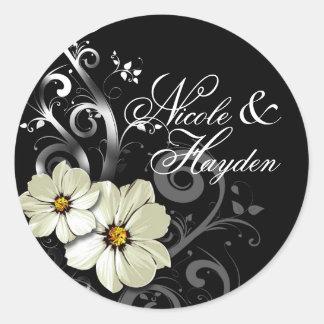 Negro floral adornado del favor el | del Flourish Pegatina Redonda