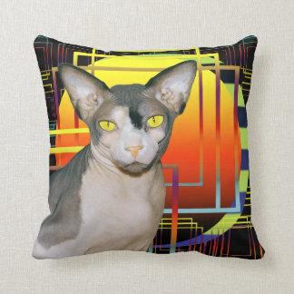Negro geométrico del gatito del gato de la cojín