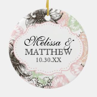 Negro gráfico del rosa de las flores del vintage f ornamento de navidad