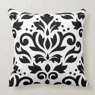 Negro grande del diseño del damasco de la voluta almohadas