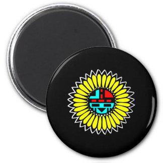 Negro indio del escudo de la danza imán de frigorifico