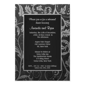 Negro - invitación de plata de la cena del ensayo