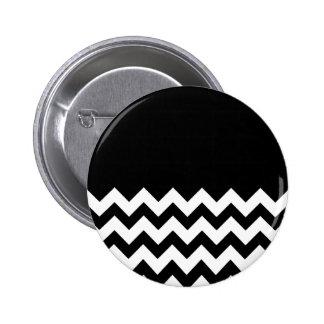 Negro-Modelo-En-Negro-y-Blanco-Zigzag Pins