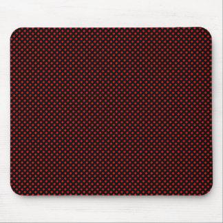 Negro neto del modelo con rojo mouse pad