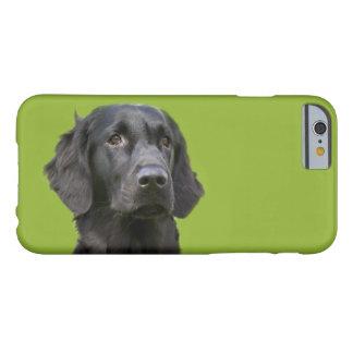 Negro revestido plano del perro del perro funda de iPhone 6 barely there