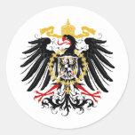 Negro rojo prusiano y oro de Eagle Pegatina Redonda
