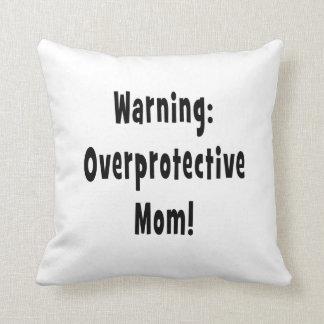 negro sobreprotector amonestador de la mamá cojín