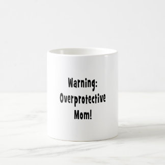 negro sobreprotector amonestador de la mamá taza
