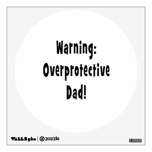negro sobreprotector amonestador del papá