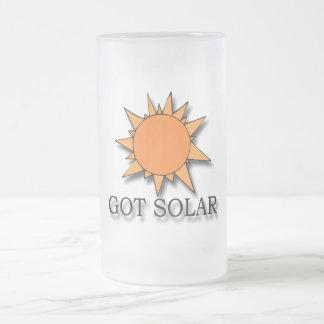 Negro solar conseguido jarra de cerveza esmerilada