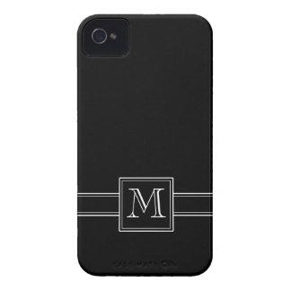 Negro sólido con el monograma iPhone 4 fundas