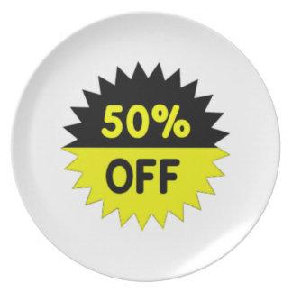 Negro y amarillee el 50 por ciento apagado platos de comidas