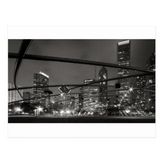 Negro y blanco del horizonte de Chicago Postal