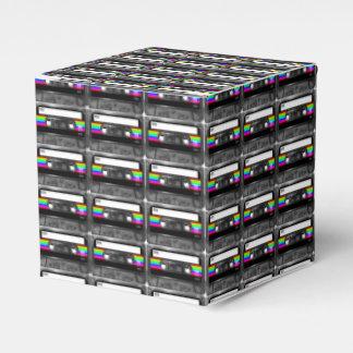 Negro y casete de la etiqueta de la raya del arco caja para regalos de fiestas