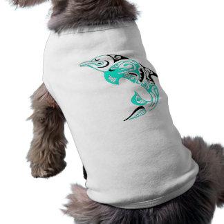 Negro y diseño tribal del tatuaje del delfín de la playera sin mangas para perro