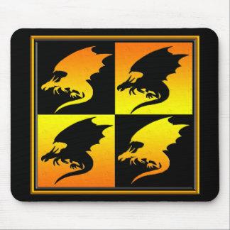 Negro y dragones del oro tapetes de ratones