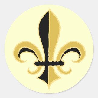 Negro y flor de lis del oro pegatina redonda