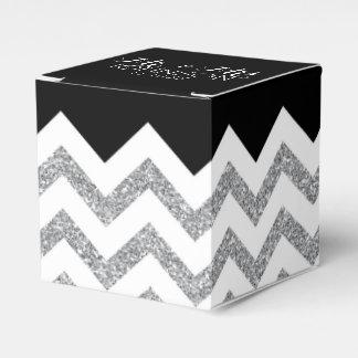 Negro y galones del brillo de la plata que casan cajas para regalos de boda