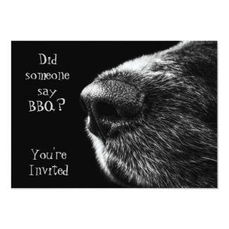 Negro y gris de la nariz de perro de la invitación