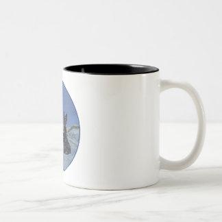 Negro y invierno escocés de trigo de los terrieres taza de café