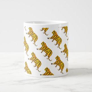 Negro y naranja del tigre de la silueta taza de café gigante