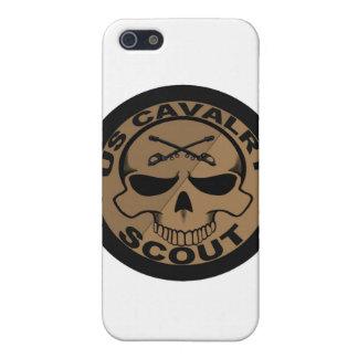 Negro y oro del cráneo del explorador de Cav iPhone 5 Carcasas