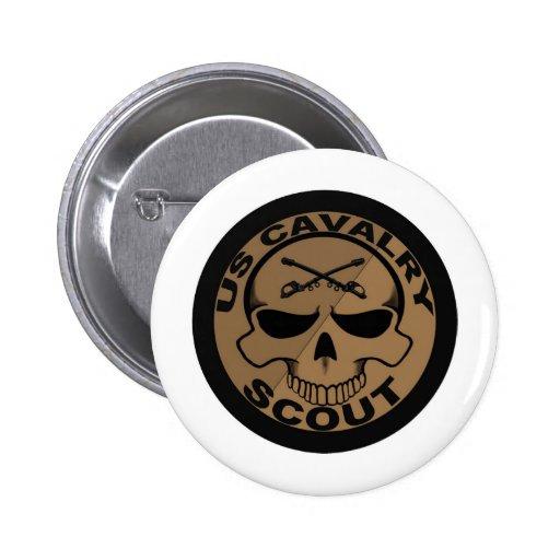 Negro y oro del cráneo del explorador de Cav Pin