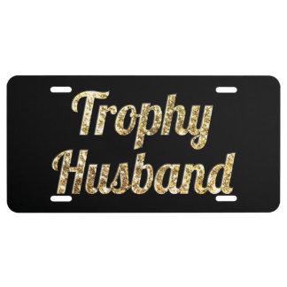 Negro y oro del marido del trofeo relucientes placa de matrícula