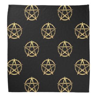 Negro y pentagram del oro bandana