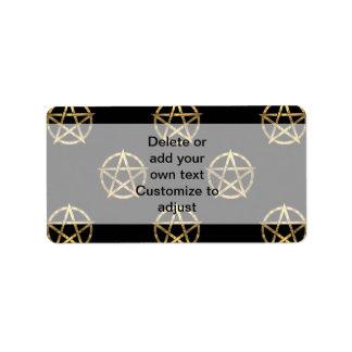 Negro y pentagram del oro etiqueta de dirección