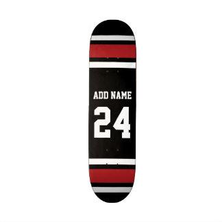 Negro y rojo se divierte número conocido de encarg patin