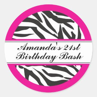 Negro y rosas fuertes del estampado de zebra pegatina redonda