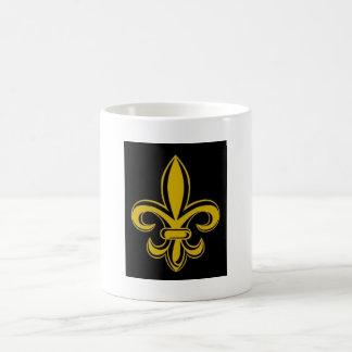 Negro y taza de la flor de lis del oro
