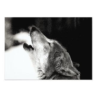 Negro y White Wolf que gritan en la invitación de