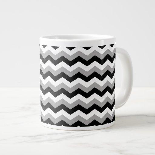 Negro, zigzag gris blanco de Chevron Tazas Jumbo