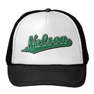 Nelson en verde gorra