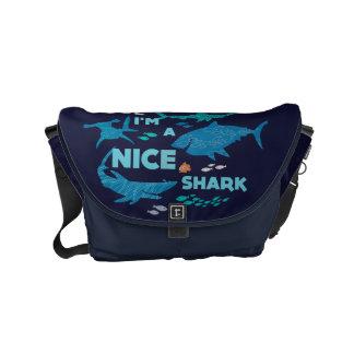 Nemo y tiburones - soy Niza un tiburón Bolsa De Mensajería